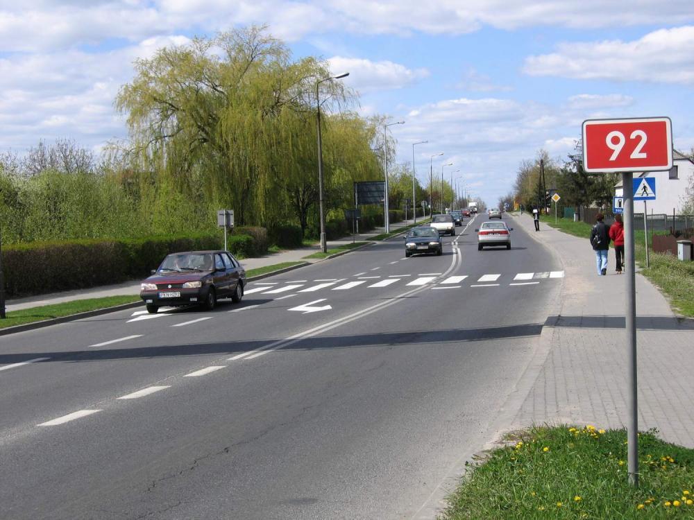Slupca_-_droga_krajowa_nr_92.thumb.jpg.3c80bb09f74ef6aad083a54c6300111c.jpg